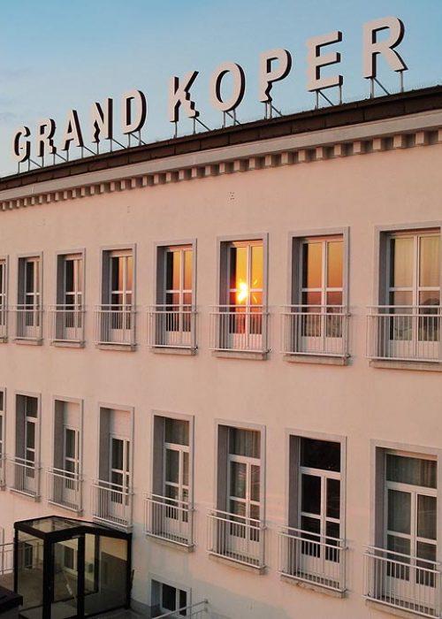 Grand-Koper-Hotel_360_naslovna